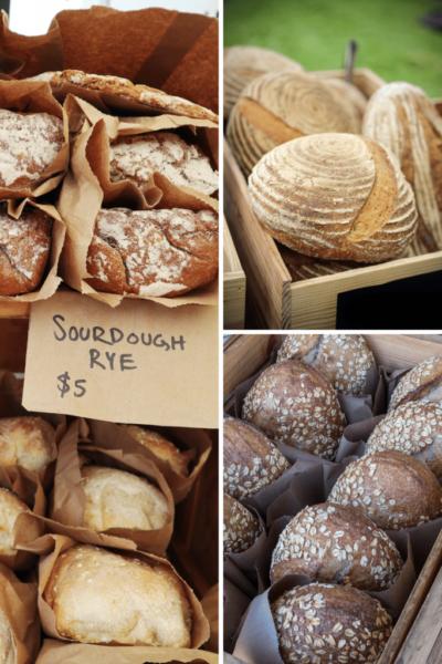 Venta de pan de masa madre en un mercado de agricultores