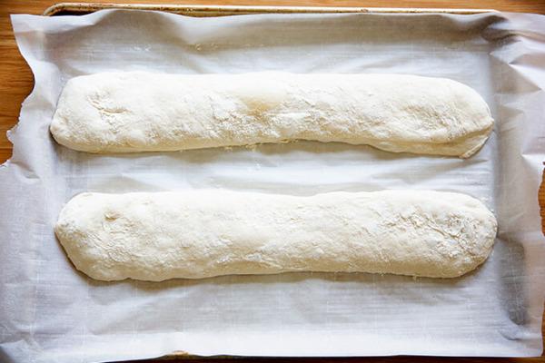 Baguettes de chapata en forma de bandeja.