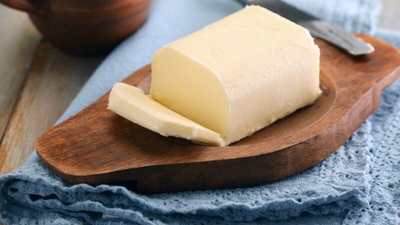 Hacer pan el mejor momento para agregar grasas