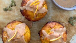 Muffins de calabaza y masa madre The Pantry Mama