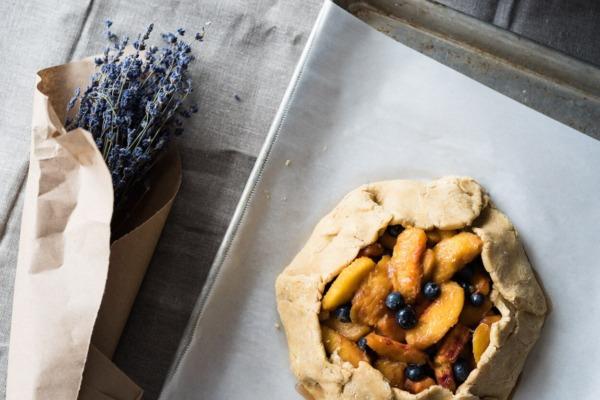 pastel de masa fermentada y corteza de galette